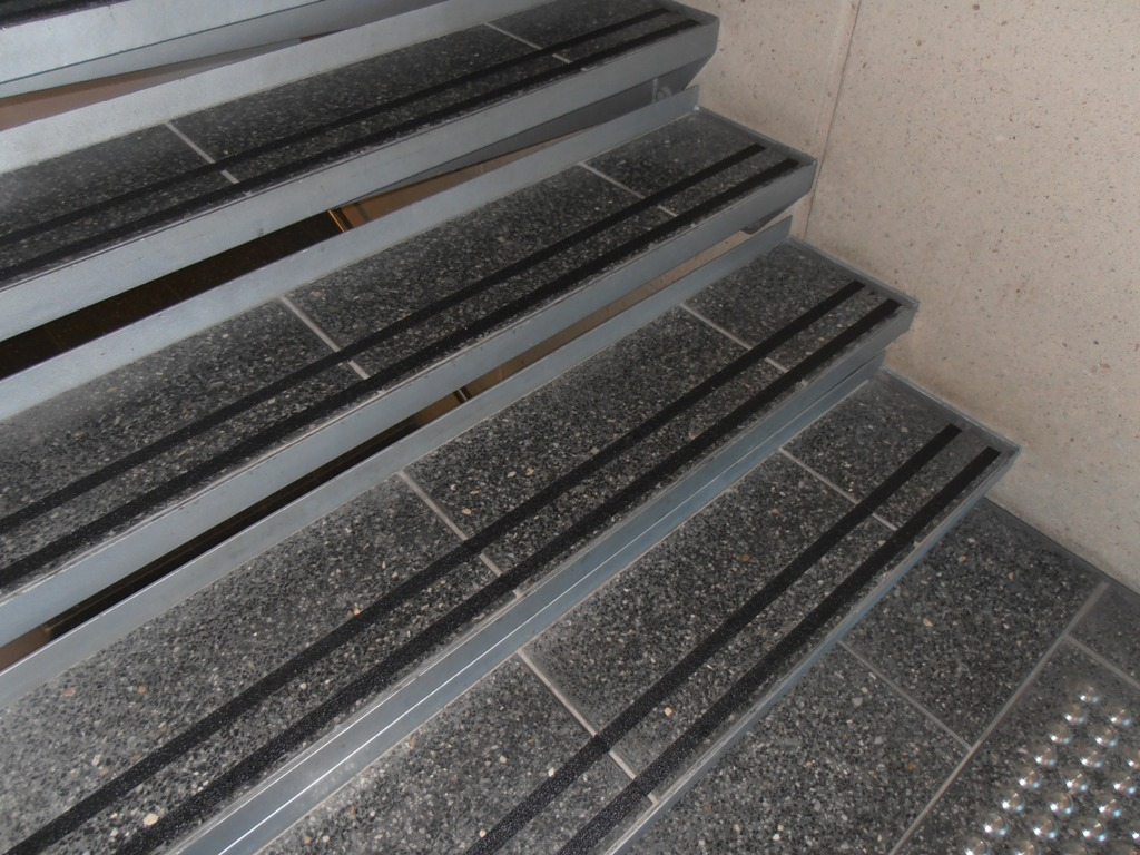 Anti Slip Epox Anti Slip Stair Strips Anti Slip Ramp